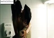 Clara Lago escenas de sexo